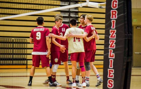 Boys volleyball sets up for a good season