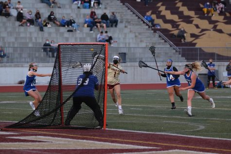Girls Lacrosse is sticking together and having a great season